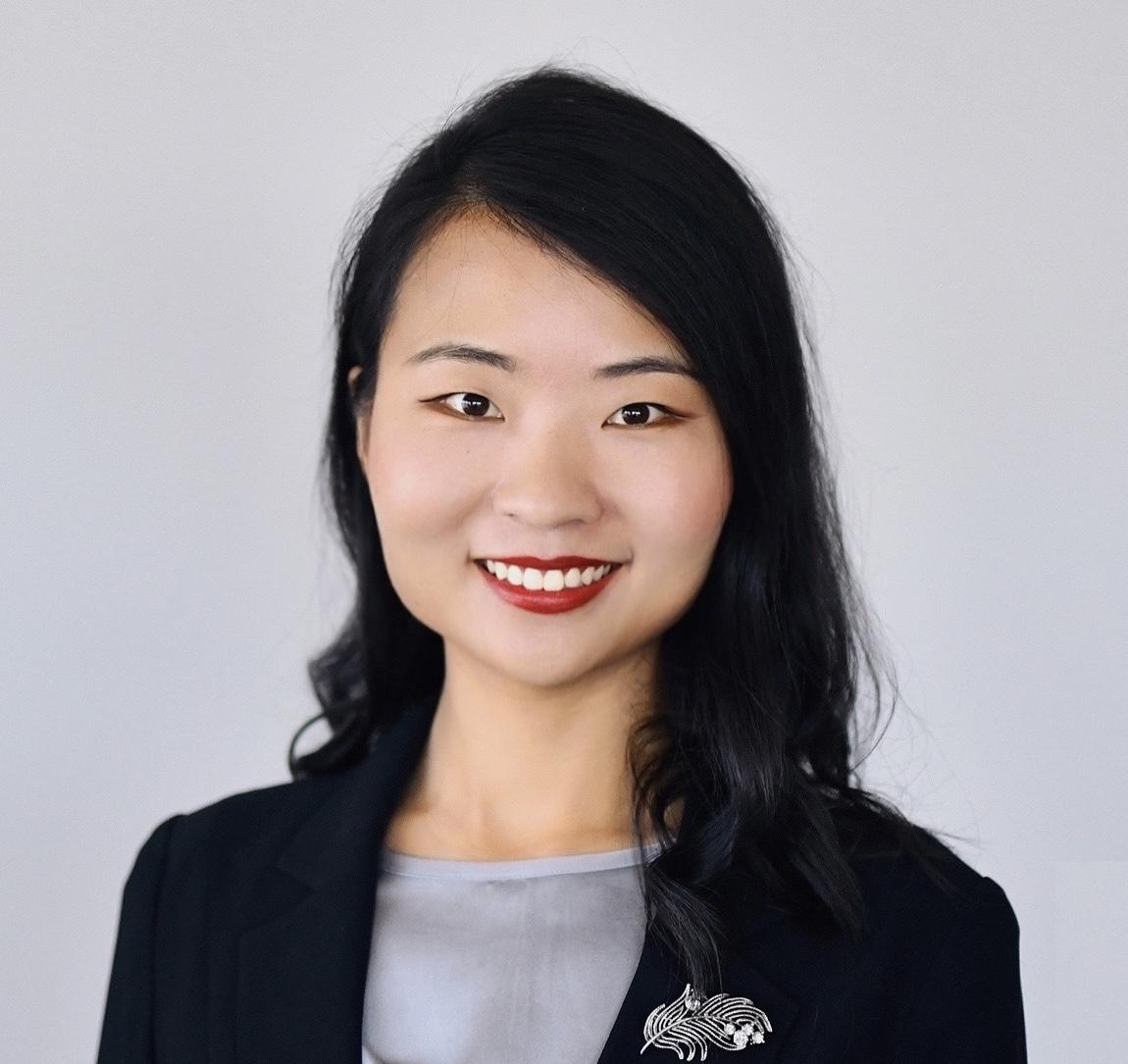 Yixuan's bio photo